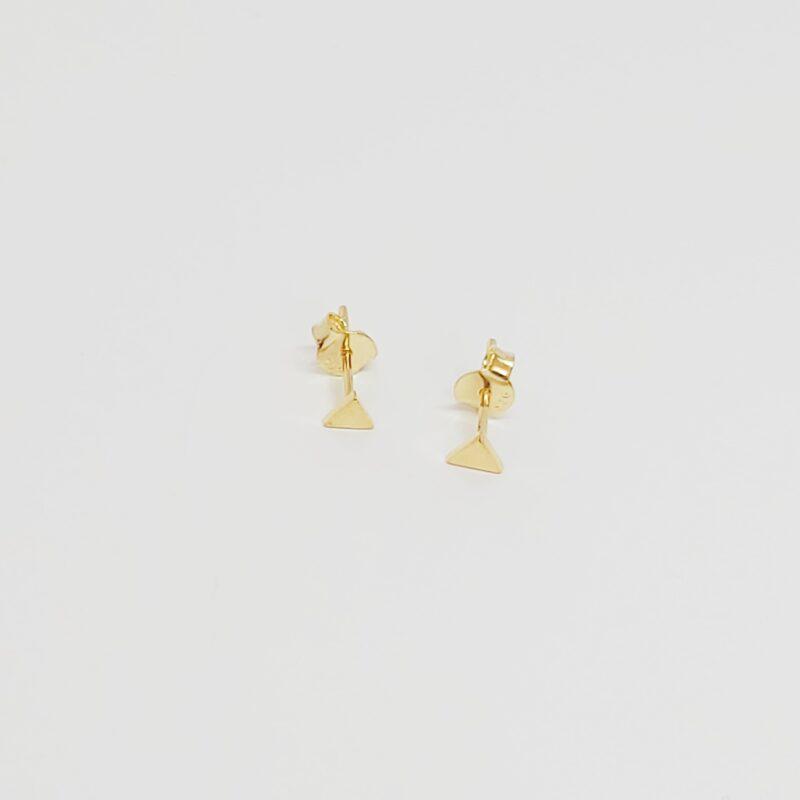 Pendientes Alejandría en plata de ley con forma de triángulos. Baño de oro.
